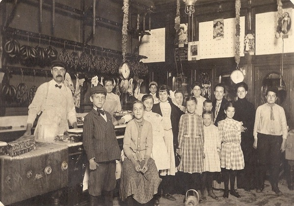 Czech butcher shop in Chicago early 20th century